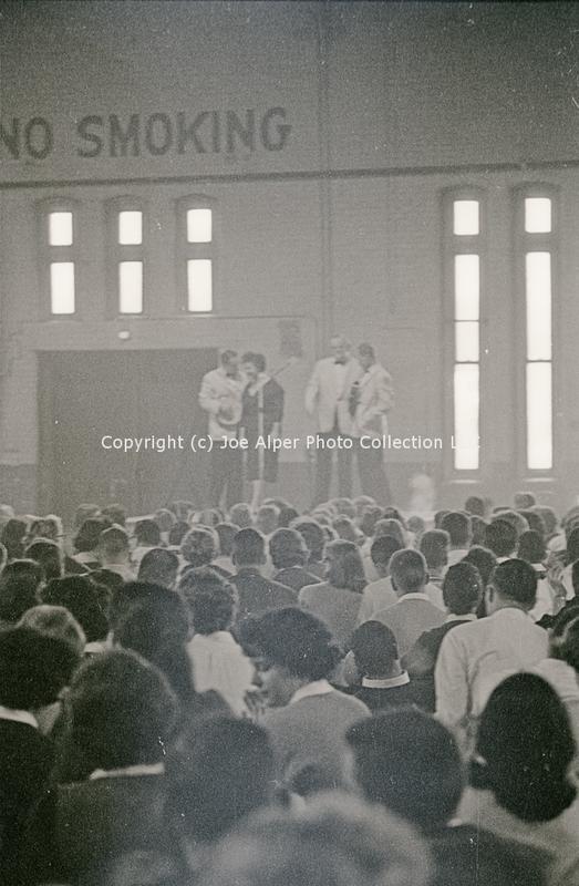 http://history.caffelena.org/transfer/photographs/059_e07.jpg