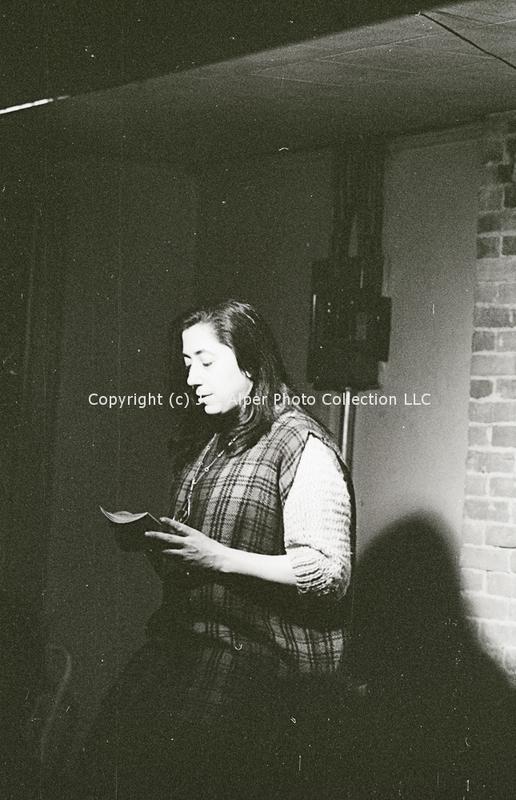 http://history.caffelena.org/transfer/photographs/1976_e37.jpg