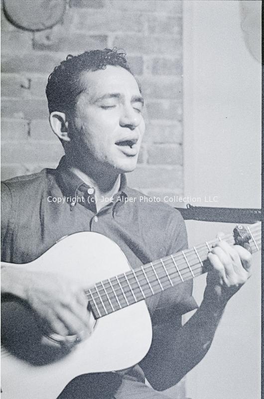 http://history.caffelena.org/transfer/photographs/1236_e18.jpg