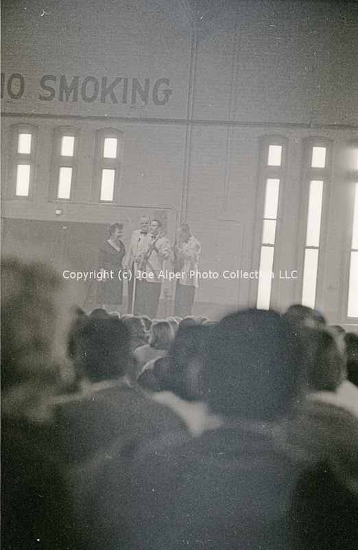 http://history.caffelena.org/transfer/photographs/059_e08.jpg
