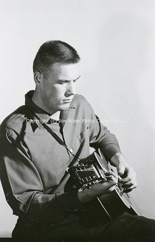 http://history.caffelena.org/transfer/photographs/612_e12.jpg