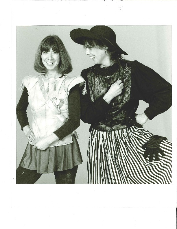 http://history.caffelena.org/transfer/Performer_File_Scans/mcgarrigle_anna_kate/McGarrigle__Anna_and_Kate_photo_2.pdf