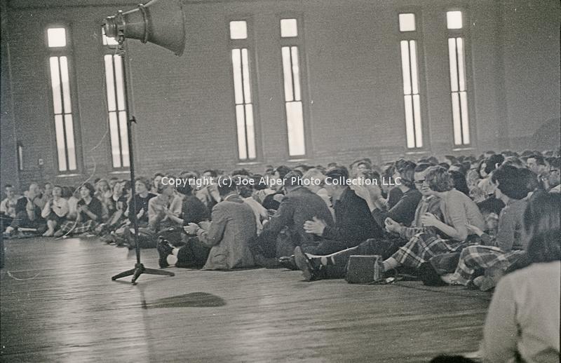 http://history.caffelena.org/transfer/photographs/059_e13.jpg