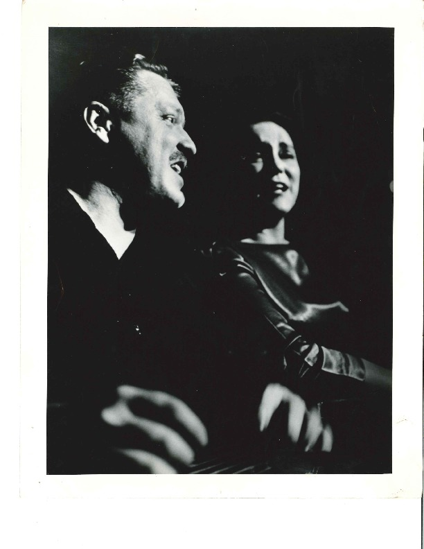 http://history.caffelena.org/transfer/Performer_File_Scans/beers_bob_evelyne/Beers__Bob_and_Evelyne___photograph___Bob_and_Evelyne.pdf