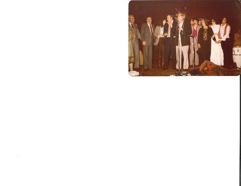 http://history.caffelena.org/transfer/Performer_File_Scans/amram_david/Amram__David__photo__speaker_unknown.pdf