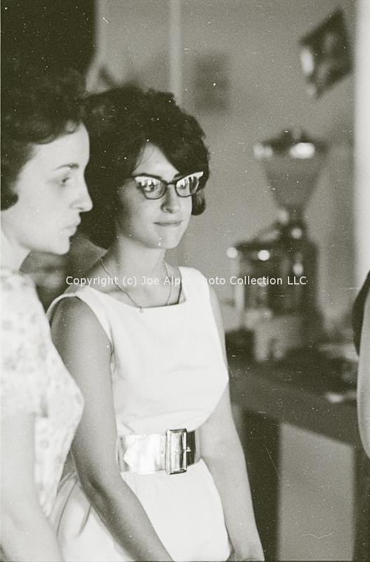 http://history.caffelena.org/transfer/photographs/802_e40.jpg