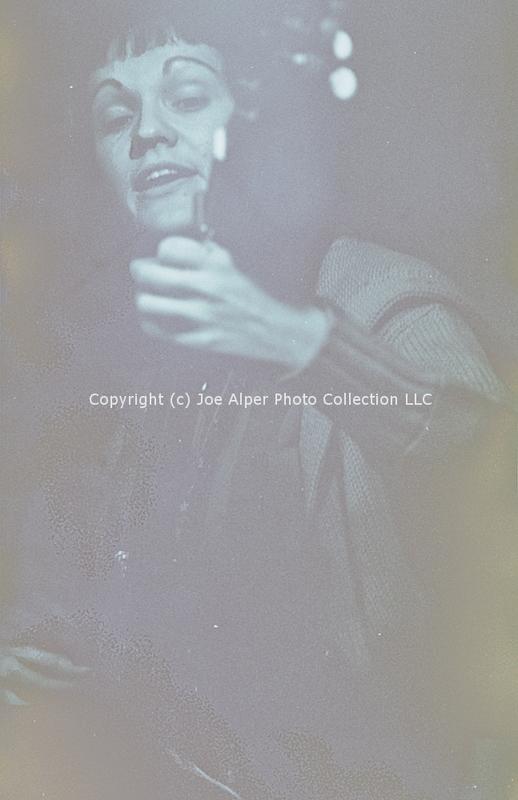 http://history.caffelena.org/transfer/photographs/258_e37.jpg