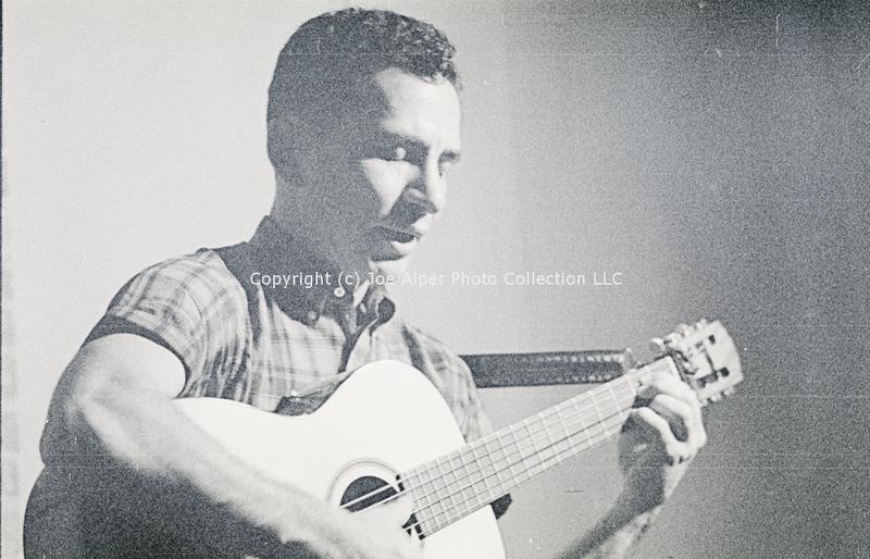 http://history.caffelena.org/transfer/photographs/1238_e09.jpg