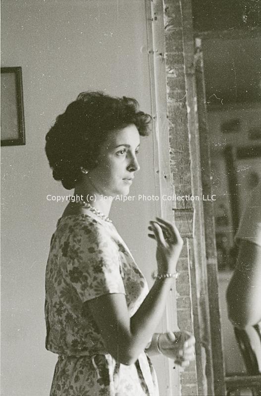 http://history.caffelena.org/transfer/photographs/802_e34.jpg