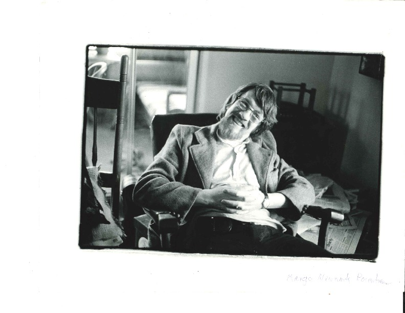 http://history.caffelena.org/transfer/Performer_File_Scans/boys_lough/Boys_of_the_Lough___photo___man_in_chair.pdf