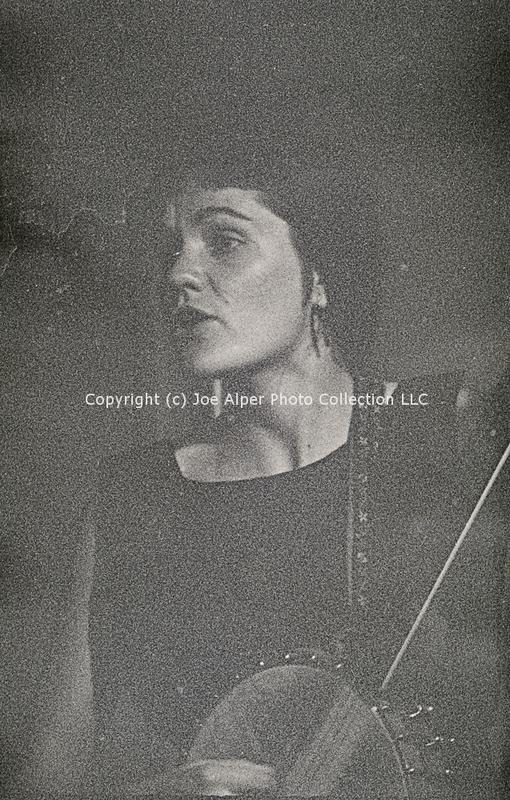 http://history.caffelena.org/transfer/photographs/468_e01.jpg