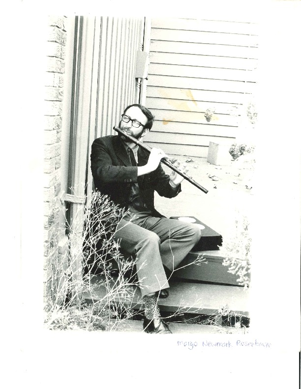 http://history.caffelena.org/transfer/Performer_File_Scans/boys_lough/Boys_of_the_Lough___photo___man_with_flute.pdf
