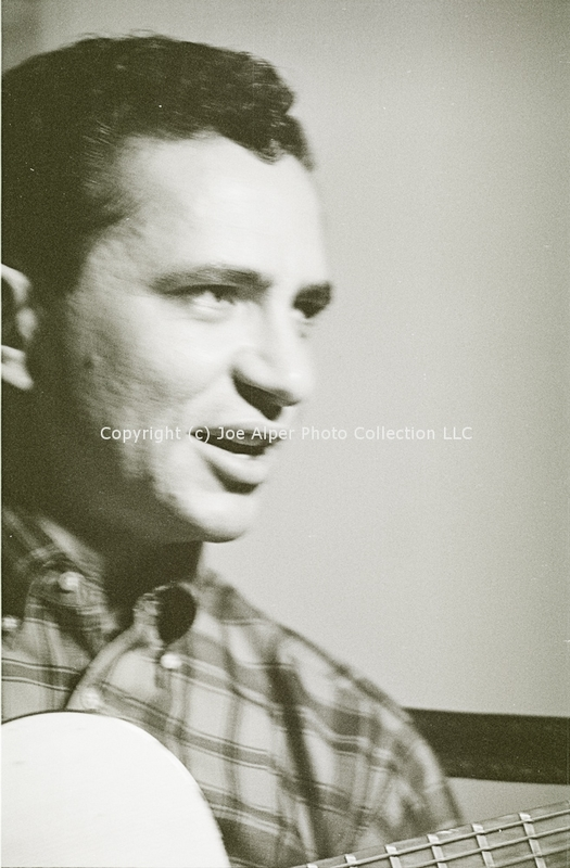 http://history.caffelena.org/transfer/photographs/1237_e22.jpg