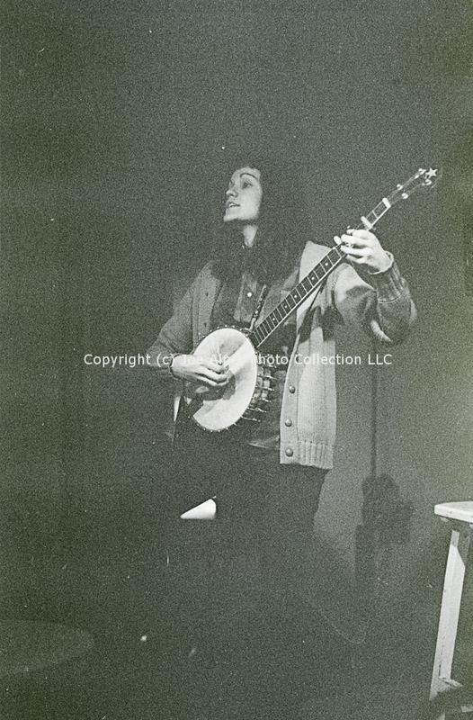 http://history.caffelena.org/transfer/photographs/259_e40.jpg