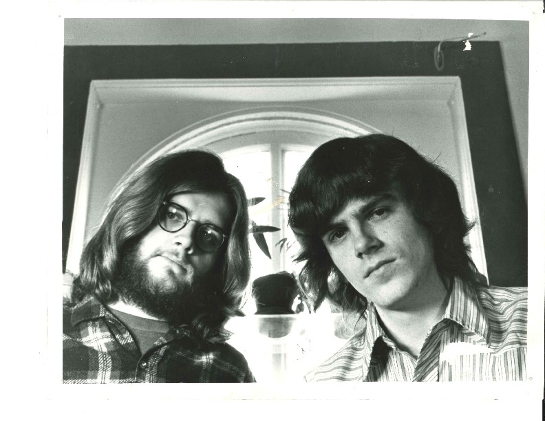 http://history.caffelena.org/transfer/Performer_File_Scans/armstrong_don/Armstrong__Don___B_and_W_photo_with_unknown.pdf