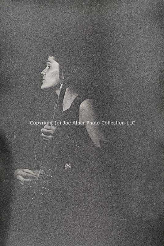 http://history.caffelena.org/transfer/photographs/468_e09.jpg