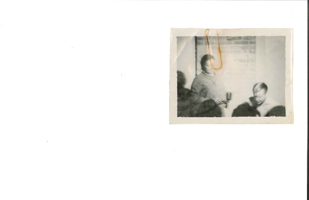 http://history.caffelena.org/transfer/Performer_File_Scans/beers_bob_evelyne/Beers__Bob_and_Evelyne___photograph___small.pdf