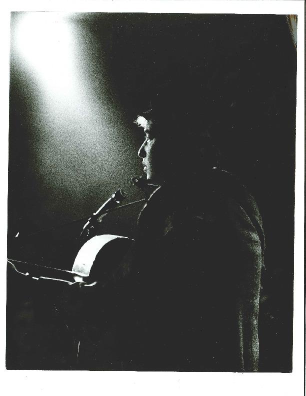 http://history.caffelena.org/transfer/Performer_File_Scans/dylan_bob/Dylan__Bob_Photo_2.pdf